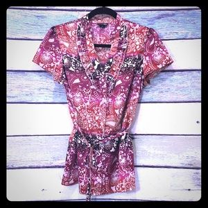 East 5th Floral Pattern Ruffle V-neck Button Down